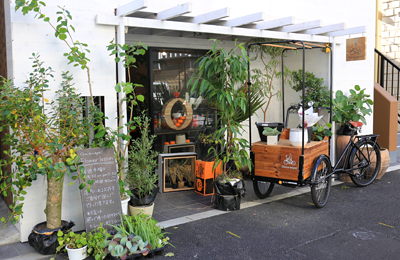 「hana-naya」三輪車でスマイル全開なフラワーLOVEなモバイル花屋さんに遭遇!